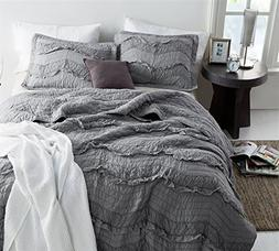 Byourbed BYB Alloy Relaxin' Chevron Ruffles Quilt - Single T