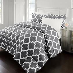 Restoration Collection Goose Down Alternative Comforter with