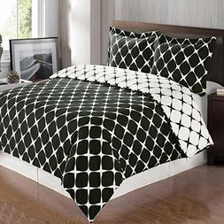 8PC Bloomingdale Black and White Queen Size Bed in a Bag set